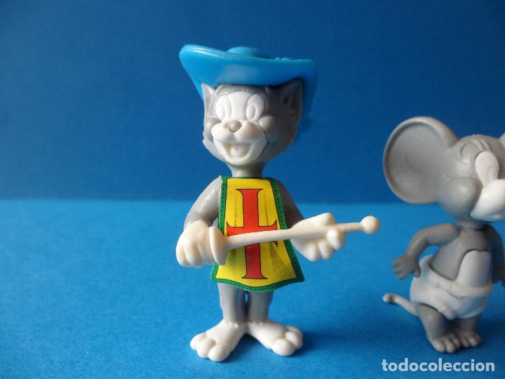 Figuras Kinder: Figuras montables de Tom y Jerry - TURNER - Hanna Barbera - Tom Mosquetero - Foto 2 - 120851199