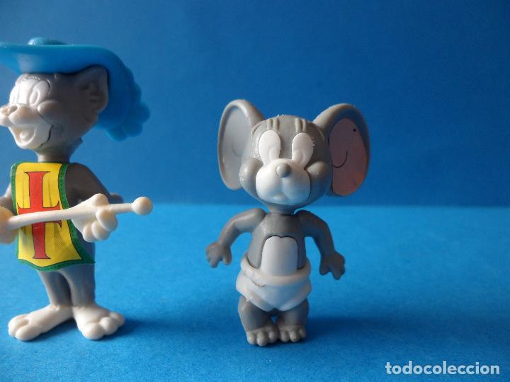 Figuras Kinder: Figuras montables de Tom y Jerry - TURNER - Hanna Barbera - Tom Mosquetero - Foto 3 - 120851199