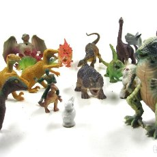 Figuras de Goma y PVC: LOTE DE 21 ANIMALES DE PLÁSTICO. Lote 120896091