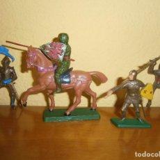 Figuras de Goma y PVC: ANTIGUO LOTE CINCO FIGURAS PLÁSTICO MEDIEVALES TORNEO. STARLUX.. Lote 121553535