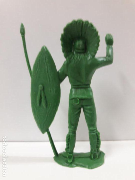 Figuras de Goma y PVC: JEFE INDIO. REALIDADO EN PLASTICO MONOCOLOR . ALTURA 10,7 CM - Foto 2 - 121779183