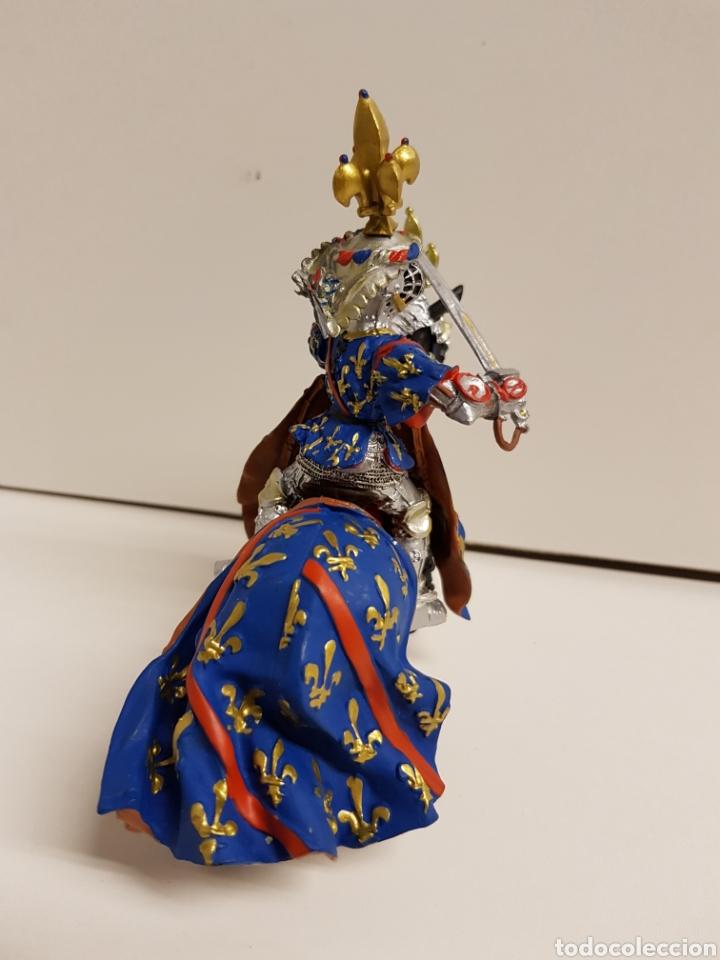 Figuras de Goma y PVC: Fantástico caballero medieval a caballo años 90 goma plástica plastoy medidas 12,5x12cms azul - Foto 5 - 122093387