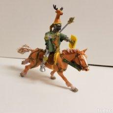 Figuras de Goma y PVC: CABALLERO A CABALLO CON SÍMBOLO DE CIERVO EN GOMA PLÁSTICA MEDIDAS 13 X 10 CM. Lote 122097588