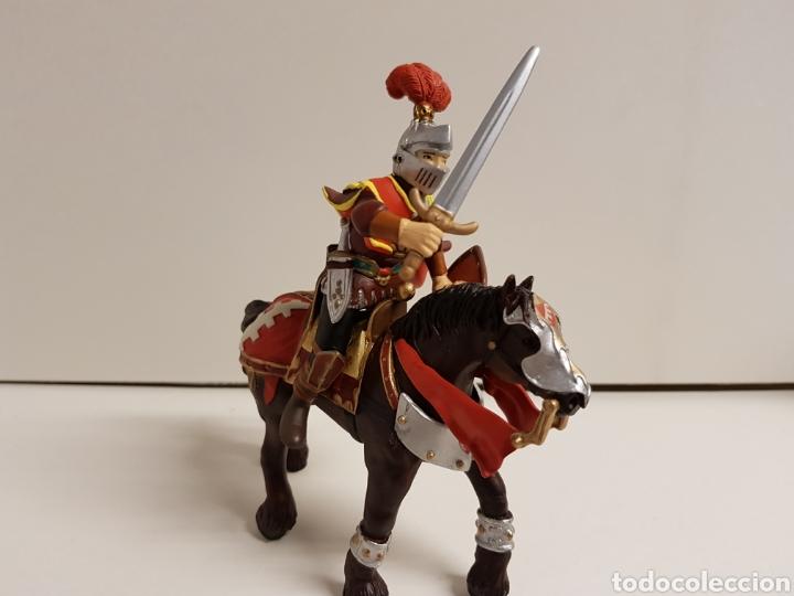 Figuras de Goma y PVC: Caballero medieval con escudo flor de lis número 550 papo hecho en goma plástica - Foto 2 - 122098119