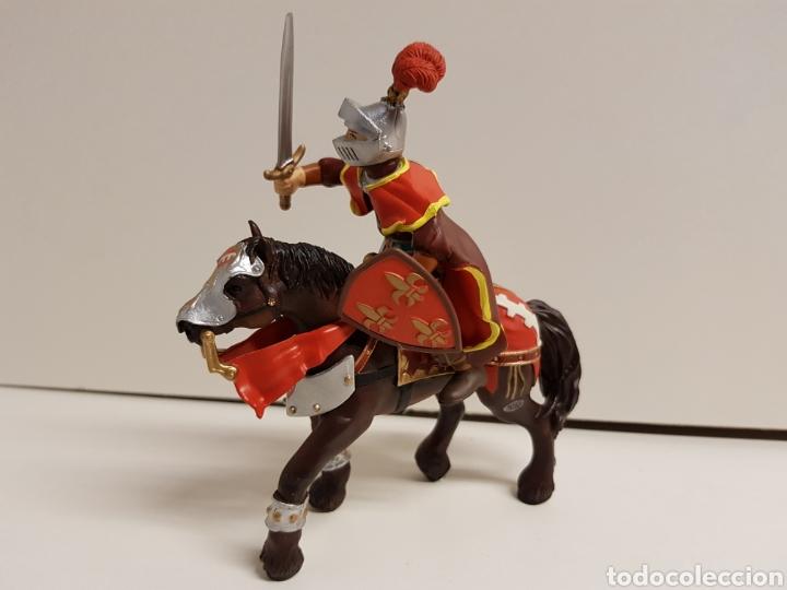 Figuras de Goma y PVC: Caballero medieval con escudo flor de lis número 550 papo hecho en goma plástica - Foto 5 - 122098119