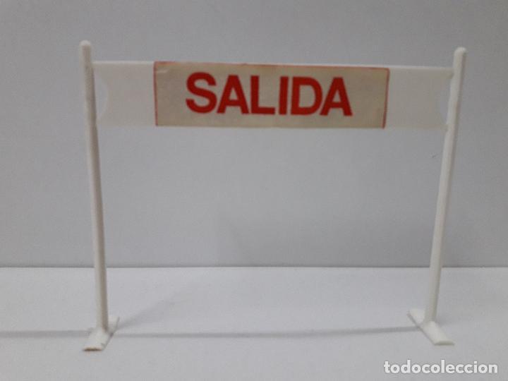 Figuras de Goma y PVC: CARTEL DE SALIDA LLEGADA - VALLAS Y SEÑALES . VUELTA CICLISTA . REALIZADOS POR M. SOTORRES . AÑOS 60 - Foto 3 - 122413063