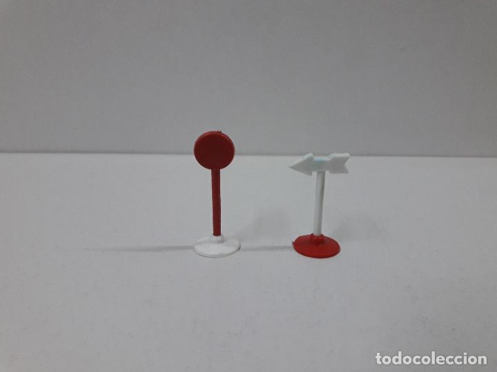 Figuras de Goma y PVC: CARTEL DE SALIDA LLEGADA - VALLAS Y SEÑALES . VUELTA CICLISTA . REALIZADOS POR M. SOTORRES . AÑOS 60 - Foto 6 - 122413063