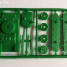 Figuras de Goma y PVC: MONTAPLEX 1 COLADA TANQUE - SOBRES SORPRESA KIOSKO AÑOS 70´S - COLOR FOTO. Lote 137850238