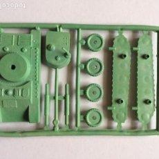 Figuras de Goma y PVC: MONTAPLEX 1 COLADA TANQUE - SOBRES SORPRESA KIOSKO AÑOS 70´S - COLOR FOTO. Lote 122547691