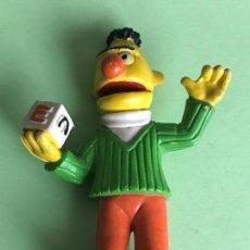 Figuras de Goma y PVC: EPI BLAS BERT BARRIO SESAMO - FIGURA PVC COMICS SPAIN. Lote 122611535