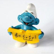 Figuras de Goma y PVC: PITUFO CON PARTITURA MUSICAL. SCHLEICH/PEYO. HONG KONG. Lote 122683935