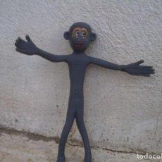 Figuras de Goma y PVC: MONO DE GOMA CON ALANBRE POR DENTRO TODO FLESIBLE. Lote 122693427