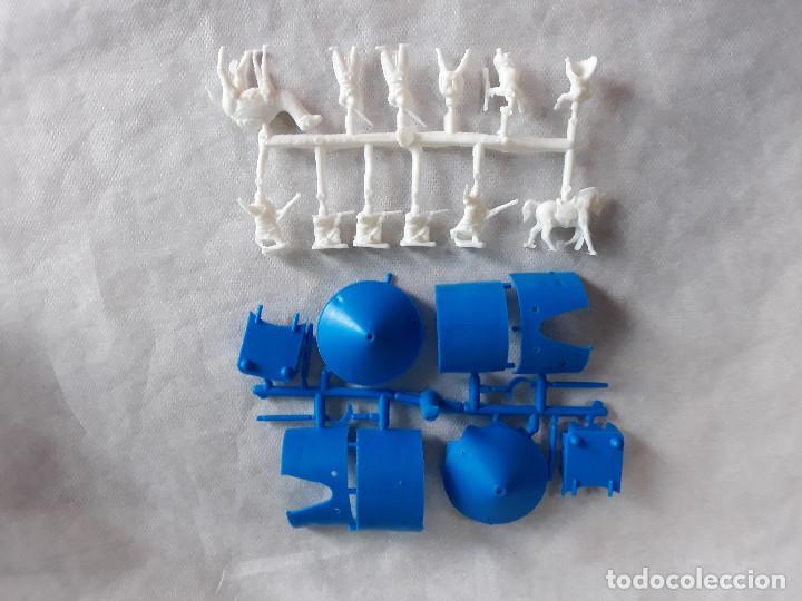 MONTAPLEX- CAMPAMENTO ARABE + COLADA ARABES BEDUINOS-SERIE 100-COLOR FOTO (Juguetes - Figuras de Goma y Pvc - Montaplex)
