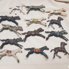 Figuras de Goma y PVC: LOTE DE 13 CABALLOS DE REAMSA DIFERENTES TAMAÑOS Y ESTADO. AÑOS 50 - 60. Lote 124018506