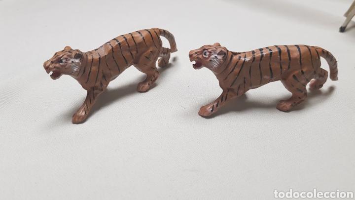Figuras de Goma y PVC: Camello,oso, 2 tigres ,2 cerbatillos y un leon de pech - Foto 7 - 124147088