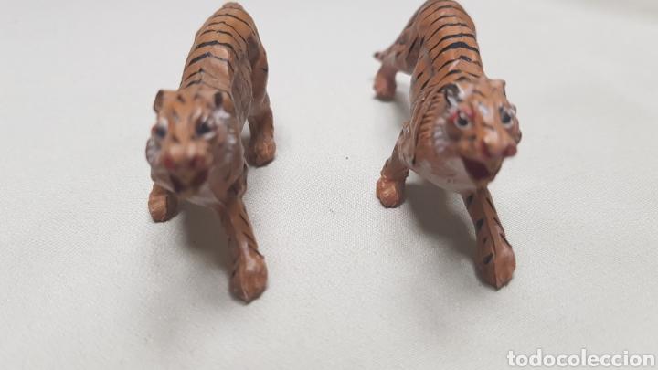 Figuras de Goma y PVC: Camello,oso, 2 tigres ,2 cerbatillos y un leon de pech - Foto 9 - 124147088