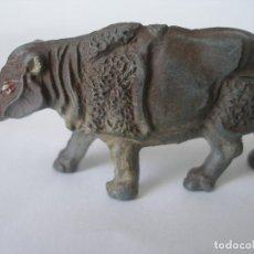 Figuras de Goma y PVC: RINOCERONTE GOMA PECH AÑOS 50. Lote 124184611