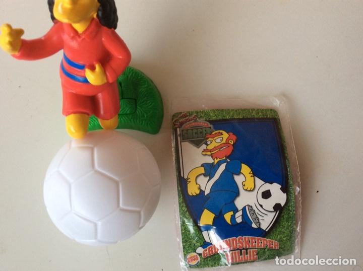 Figuras de Goma y PVC: DOS MUÑECOS + BALON DE PVC LOS SIMPSON - Foto 2 - 124290823