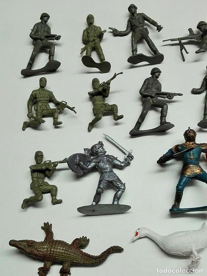 Figuras de Goma y PVC: Lote Muñecos - Foto 2 - 124346043