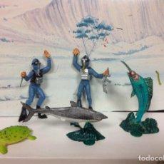 Figuras de Goma y PVC: LOTE FIGURA FAUNA MARINA JECSAN BUZOS TORTUGA SUBMARINISTA ACUARAMA. Lote 124578075