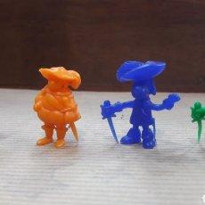 Figuras de Goma y PVC: LOTE 4 MOSQUETEROS MOSQUEPERROS DUNKIN. Lote 124728126