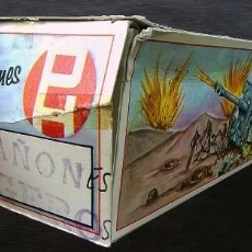 Figuras de Goma y PVC: PECH HNOS. CAJA DE CAÑÓN LIGERO INGLES. ANTI TANQUE. AÑOS 60.. Lote 124801187