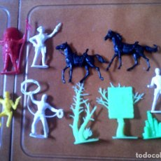 Figuras de Goma y PVC: LOTE DE INDIOS DE COMANSI AÑOS 70. Lote 125134259