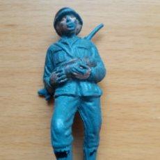 Figuras de Goma y PVC: ANTIGUA FIGURA EN PLASTICO SERIE SOLDADOS ALEMANES. OLIVER/PECH. 60 MM.. Lote 125184167