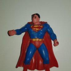 Figuras de Goma y PVC: FIGURA SUPERMAN MARCA COMICS SPAIN MUÑECO GOMA PVC DC COMICS CS PINTADO A MANO. Lote 125283627