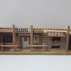 Figuras de Goma y PVC: CARCEL - HOTEL . REALIZADO POR COMANSI . AÑOS 60. Lote 125839971