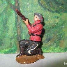 Figuras de Goma y PVC: GAMA-POLICIA MONTADA DE LOS GRANDES-FABRICADO EN GOMA. Lote 125996847