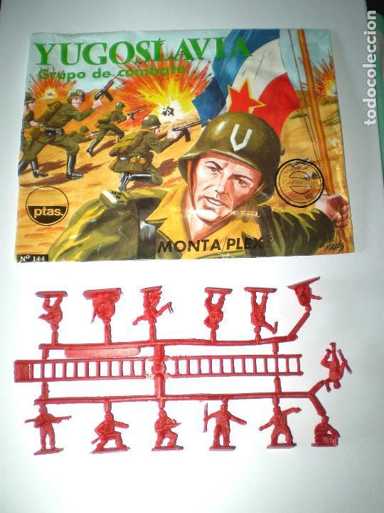 MONTAPLEX SOBRE Nª 144 YUGOSLAVIA VACÍO + 1 COLADA DE SOLDADOS YUGOSLAVOS (Juguetes - Figuras de Goma y Pvc - Montaplex)