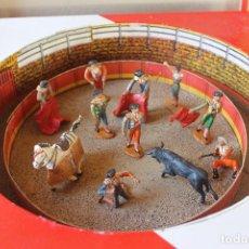 Figuras de Goma y PVC: CAJA PLAZA DE TOROS TEIXIDO, AÑOS 50. CON 10 FIGURAS ARTICULADAS.. Lote 126717427