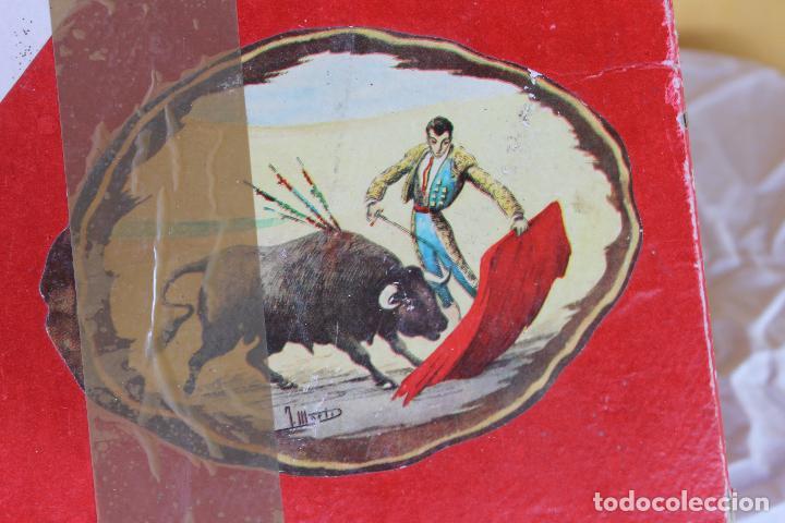 Figuras de Goma y PVC: CAJA PLAZA DE TOROS TEIXIDO, AÑOS 50. CON 10 FIGURAS ARTICULADAS. - Foto 18 - 126717427