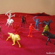 Figuras de Goma y PVC: INDIOS CABALLOS Y VAQUEROS AÑOS 70 MONOCOLOR POSIBLE COMANSI. Lote 126894951