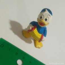 Figuras de Goma y PVC: FIGURA PVC GOMA SOBRINOS PATO DONALD DISNEY BULLYLAND MADE GERMANY. Lote 126974371