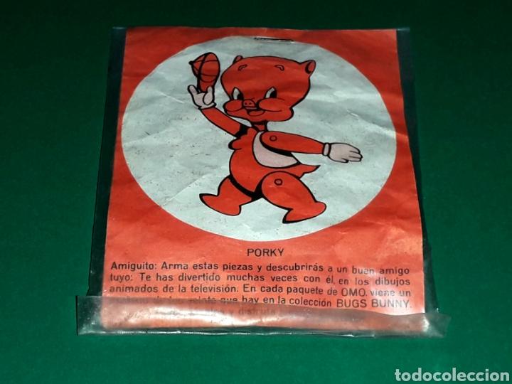 Figuras de Goma y PVC: Figura Porky serie Bugs Bunny Warner Bros, plástico, promocional OMO made in Spain, original 1967. - Foto 2 - 127126039