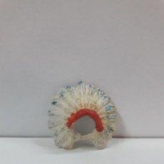 Figuras de Goma y PVC: PENACHO . REALIZADO POR JECSAN . SERIE SAFARI - INDIOS . AÑOS 50 EN GOMA. Lote 127487903