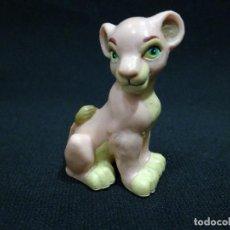 Figuras de Goma y PVC: FIGURA DISNEY - NALA REY LEON. Lote 127540083