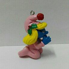 Figuras de Goma y PVC Schleich: PITUFINA REZANDO SCHLEICH PEYO SMURFS FIGURAS PVC NO CÓMICS SPAIN PITUFOS BARRUFETS NAVIDAD. Lote 128007902