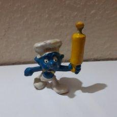 Figuras de Goma y PVC: PITUFO PVC COCINERO. Lote 128057924