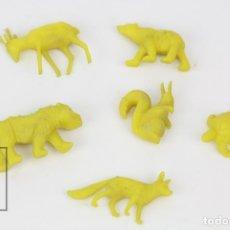 Figuras de Goma y PVC: 6 FIGURITAS DE PLÁSTICO DUNKIN - ANIMALES / FIERAS DEL ZOO - AMARILLO - AÑOS 60. Lote 128236706