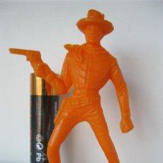 Figuras de Goma y PVC: FIGURA VAQUERO COWBOY CON REVOLVER COMANSI VER FOTO ADICIONAL. Lote 128246847