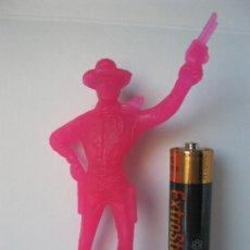 Figuras de Goma y PVC: FIGURA VAQUERO COWBOY CON REVOLVERES .- COMANSI VER FOTO ADICIONAL . Lote 128248715