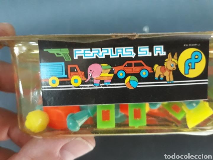 Figuras de Goma y PVC: Bonito recipiente con robots tipo dunkin marca FERPLAS - Foto 2 - 128269734
