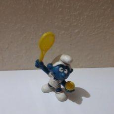Figuras de Goma y PVC: PITUFO PVC PEYO TENISTA. Lote 128442788