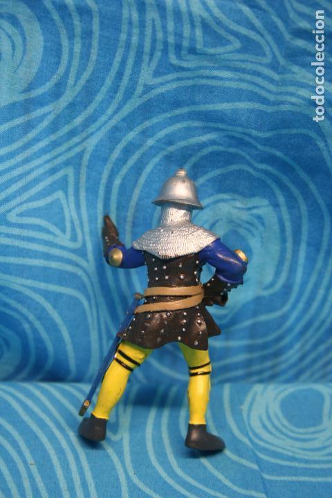 Figuras de Goma y PVC: FIGURA GOMA PAPO CABALLERO MEDIEVAL - Foto 2 - 128527267