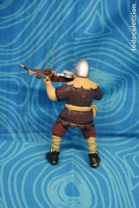 Figuras de Goma y PVC: FIGURA GOMA PAPO CABALLERO MEDIEVAL - Foto 3 - 128527967