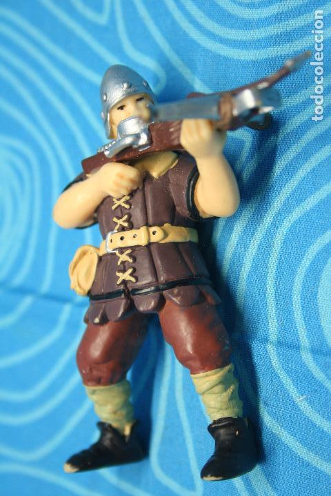 Figuras de Goma y PVC: FIGURA GOMA PAPO CABALLERO MEDIEVAL - Foto 4 - 128527967