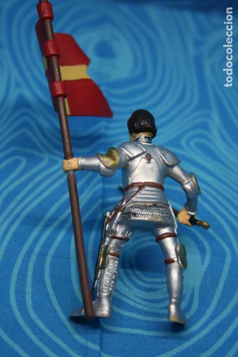 Figuras de Goma y PVC: FIGURA GOMA PAPO CABALLERO MEDIEVAL - Foto 4 - 128529347